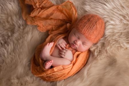 newborn-photographer-denver, colorado-newborn-photograher, baby-photos, sweet-sleeping-baby, photography-newborn-baby, photographs-newborn-baby, denver-newborn-photographer, newborn-photography-wraps, baby-photo-cute