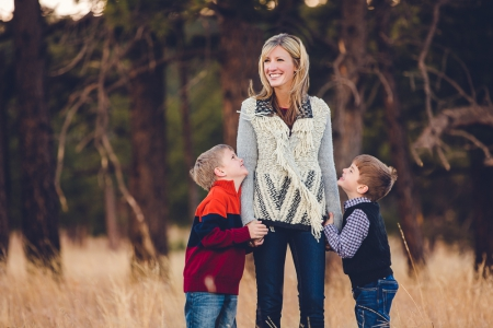 mother-and-sons, family-photographer-denver, family-photographer-colorado, colorado-family-photographer, fall-photo-session, family-pictures, family-photo-session-colorado, mountain-backdrop-photographs, picture-of-mother-and-sons, family-pictures, denver-family-portrait, portrait-photography-denver