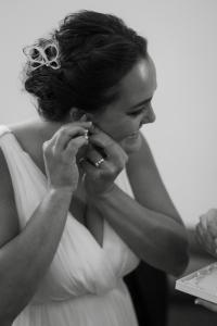 colorado-wedding-photographer, silverthorne-wedding, fall-colorado-wedding, bride-getting-ready, wedding-photography, happy-bride-and-groom, couple-in-love