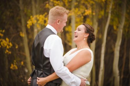 first-look-photos, bride-and-groom-first-look, fall-wedding-colorado, colorado-wedding-photographer, silverthorne-wedding-photos, silverthorne-pavillion, mountain-wedding-colorado, photojournalism, candid-photos, laughter