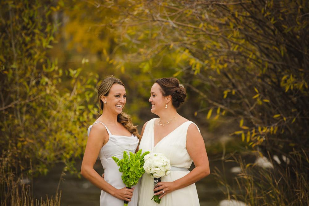 colorado-wedding-photography, silverthorne-pavillion, silverthorne-wedding-photographs, fall-mountain-wedding, denver-wedding-photographer, outdoor-ceremony-mountains, colorful-aspen-trees