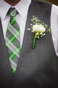 colorado-wedding-photographer, silverthorne-wedding, fall-colorado-wedding, green-flower-details, wedding-photography, fall-mountains-colorado, fall-mountain-wedding, groom-portraits, wedding-details