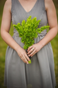 colorado-wedding-photographer, silverthorne-wedding, fall-colorado-wedding, green-flower-details, wedding-photography, fall-mountains-colorado, fall-mountain-wedding, bridal-party-photos