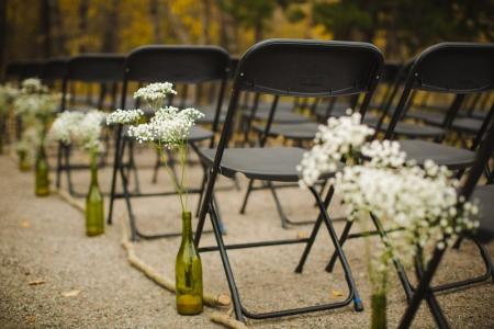 bridal-bouquet, white-flowers-bouquet, DIY-brides-bouquet, colorado-wedding-photography, fall-mountain-wedding, details-of-wedding-day, wine-bottle-wedding-decor