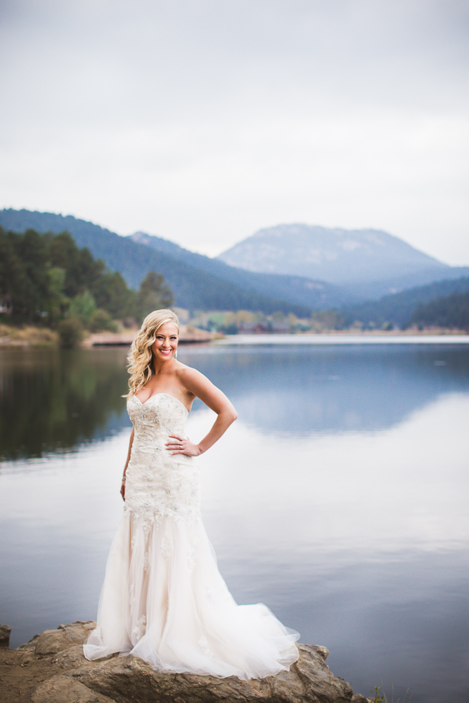 colorado-wedding-photographer, bridal-portrait, bride-in-sunshine, mountain-wedding, mountain-bride, denver-wedding-photography, beautiful-bride