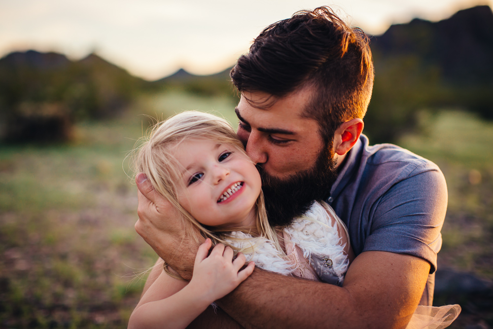 Father-daughter-love-family-photos-phoenix